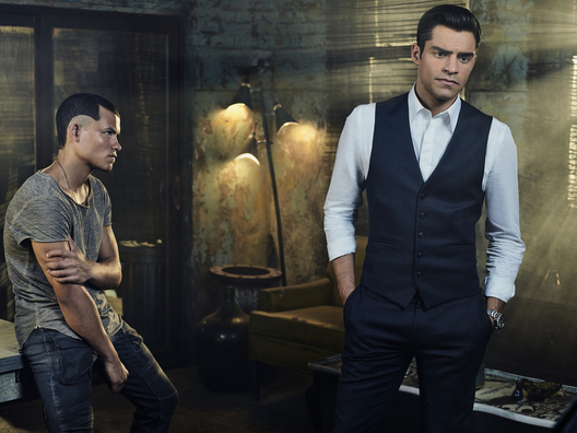 INCORPORATED -- Season:1 -- Pictured: (l-r) Eddie Ramos as Theo, Sean Teale as Ben Larson -- (Photo by: Gavin Bond/Syfy)