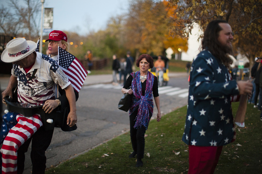Eau Claire, Wisconsin, USA. 1st November, 2016. Supporters wait in line to see Republican Presidential candidate Donald Trump speak at the University of Wisconsin-Eau Claire in his bid for the Presidency during the 2016 election.