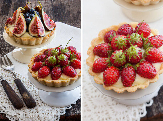 mini strawberry, fig and blueberry tart