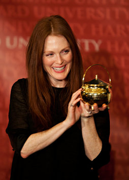 "Julianne Moore was honored as the Hasty Pudding Theatricals 2011 ""Woman of the Year"""
