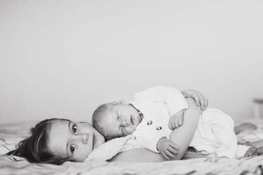 Newborn Lifestyle Photography by Kelsy Nielson