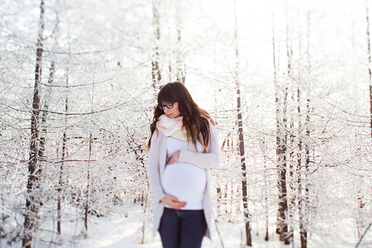 Snowy Maternity Picture