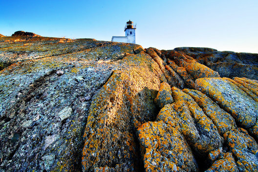 always looking to find a different vantage point at light houses, I found this one on the ledges to the south of the light that I crossed to at low tide.