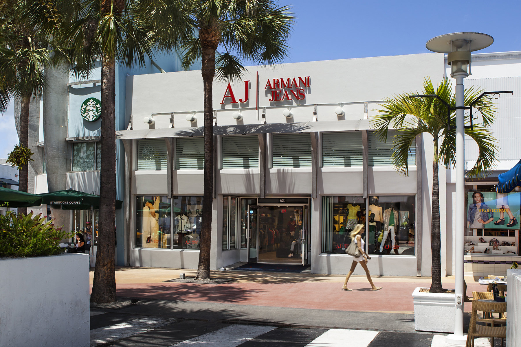 Armani Jeans On Lincoln Road For Terranova Retail Architectural Photography South Beach Architecture