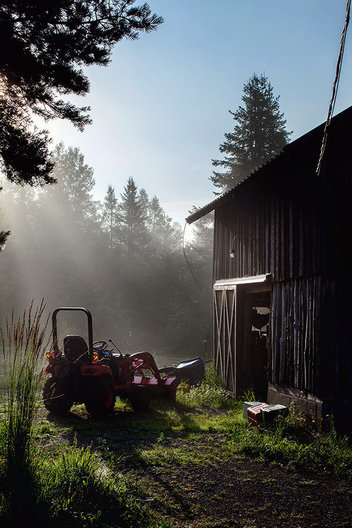 Morning barn with tractor in Wisconsin, Chicago editorial photographers, midwest, lifestyle photography
