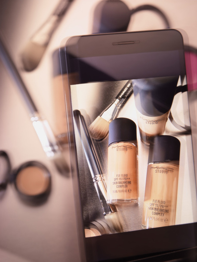 cosmetics selfie with Mitch Feinberg
