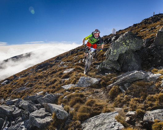 Jimmy Pollard showing why he was the overall winner making this technical section look easy on Race stage D of the 2014 Cardrona 2W Enduro