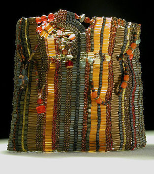 2002, materials: beads, semi-precious stones, precious metals, glass, thread