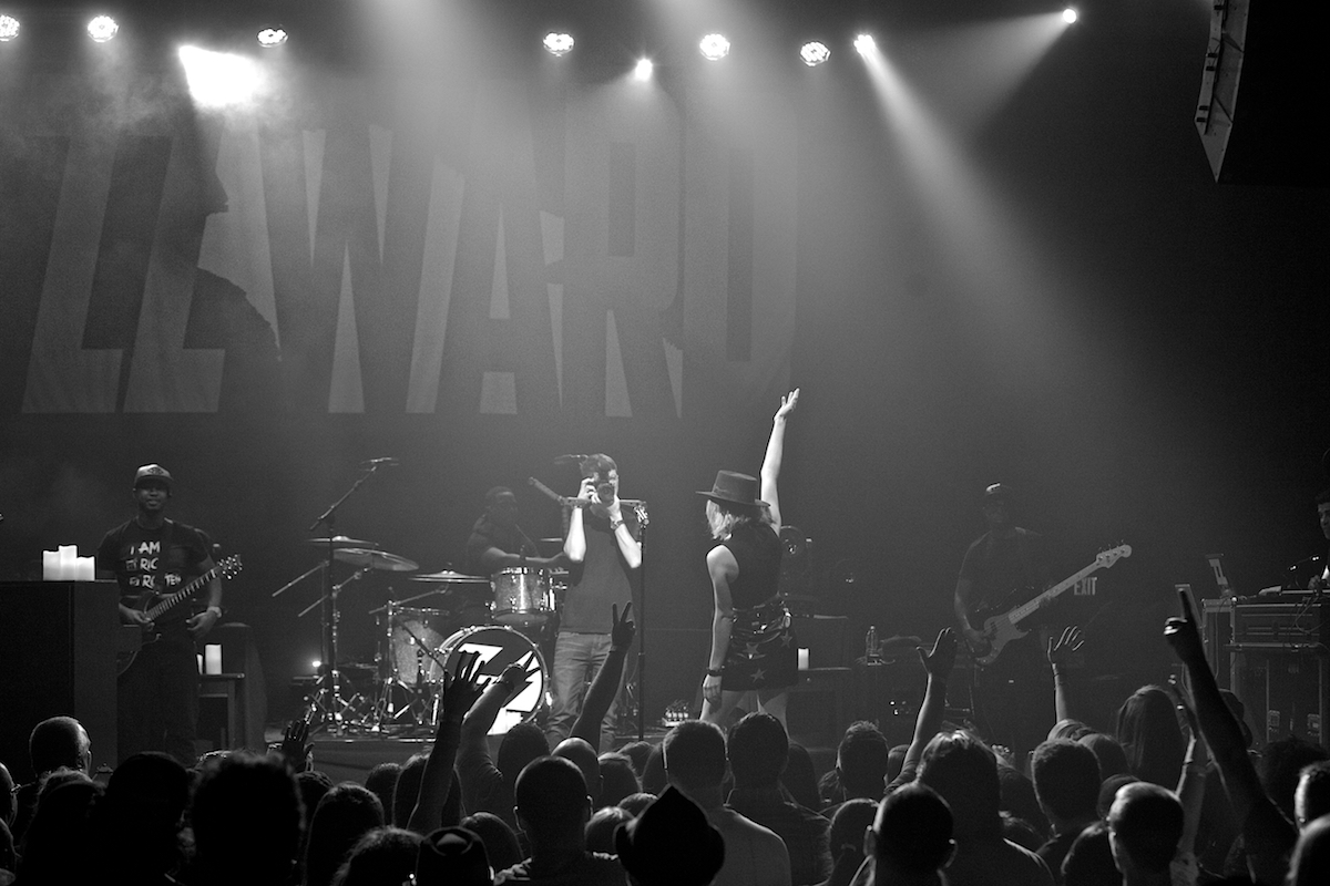Love and War Tour Union Transfer  Philadelphia, Pa September 20, 2015  DerekBrad.com