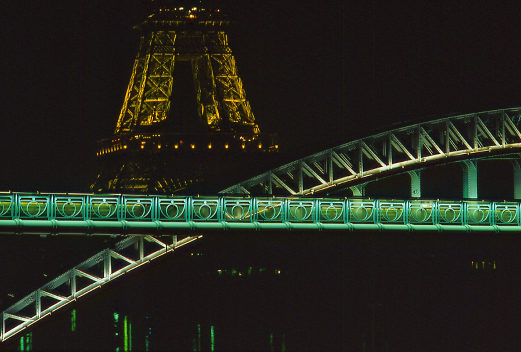 Eiffel Tower and green bridge, Paris, France