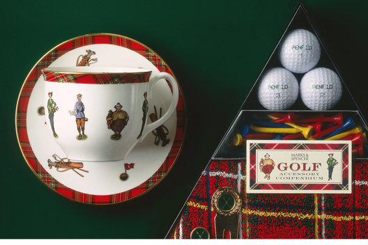 Packaging and product design for a range of men's luxury golf gifts.