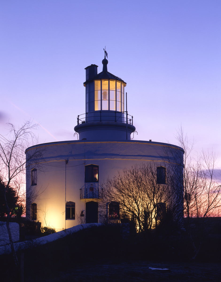 West Usk Lighthouse            &nbspHistoric Buildings Council for Wales