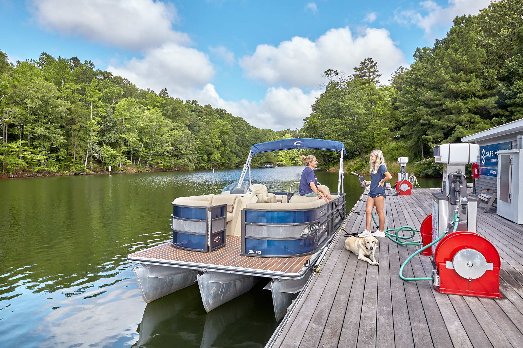 FLOWERY BRANCH, GA - July 8: Boat fueling at Safe Harbor Hideaway Bay in Flowery Branch, GA on July 8, 2020. (Photo by Craig Bromley/Getty Images for Safe Harbor Marinas)