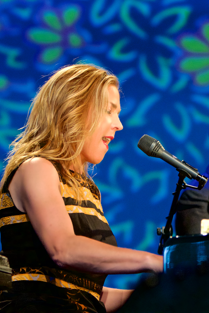 Diana Krall with the Philadelphia Orchestra Wallflower Tour The Mann Center July 24, 2015  DerekBrad.com