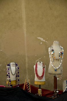 mannequins with necklaces