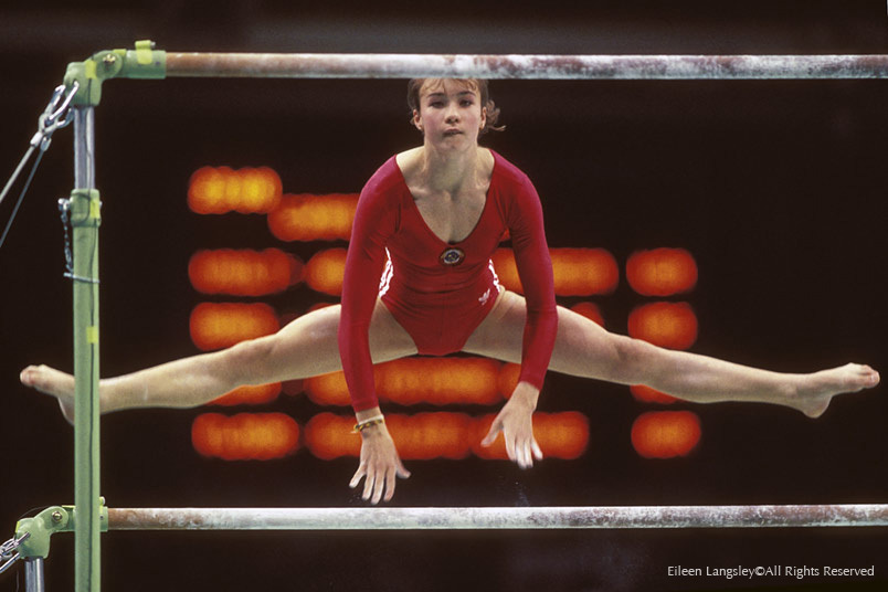 Svetlana Boginskaya (USSR) competng on the asymmetric bars at the 1988 Seoul Olympic Games.
