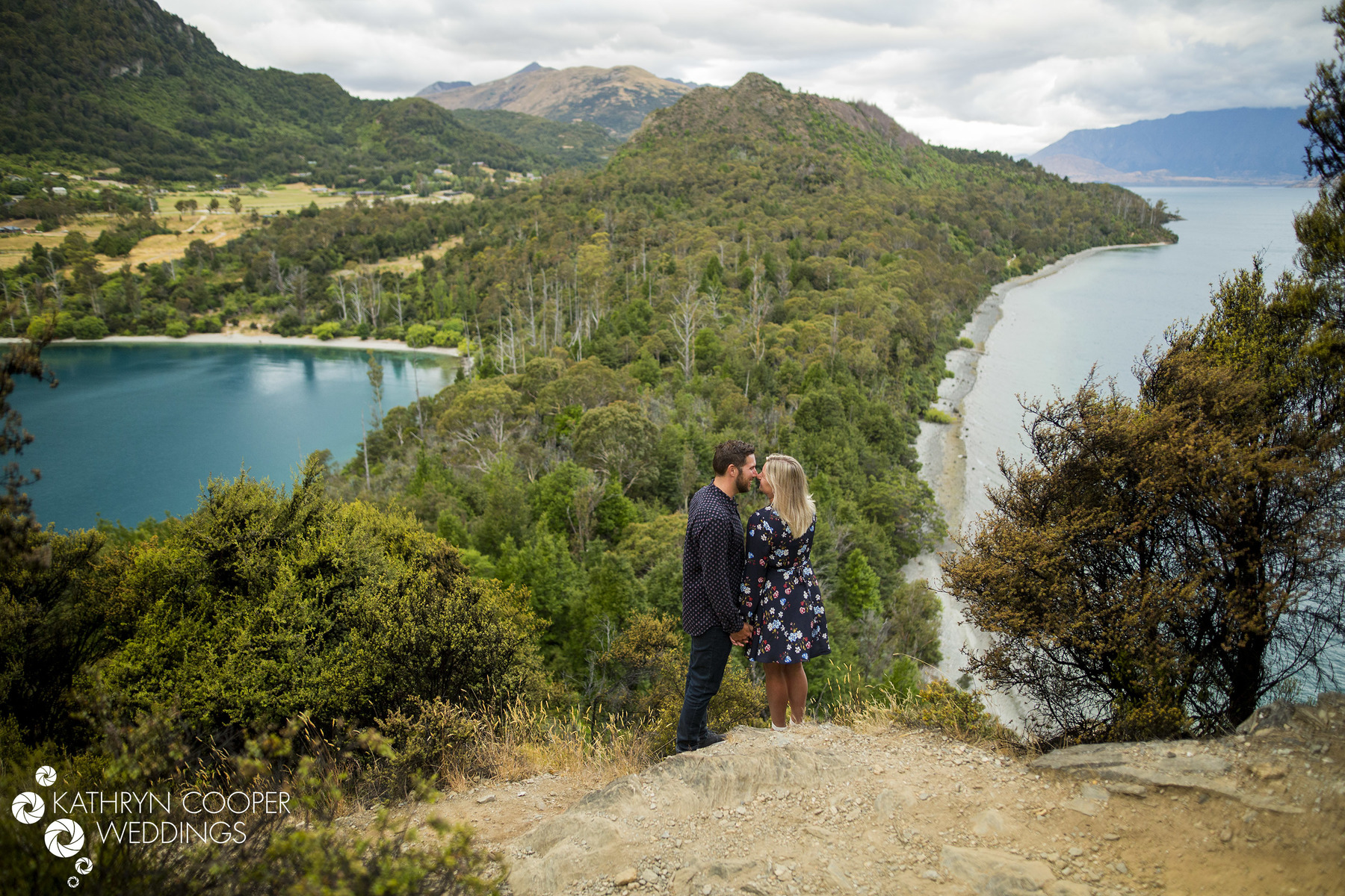 Adventure session in New Zealand of couple in Queenstown for hiking engagement photos