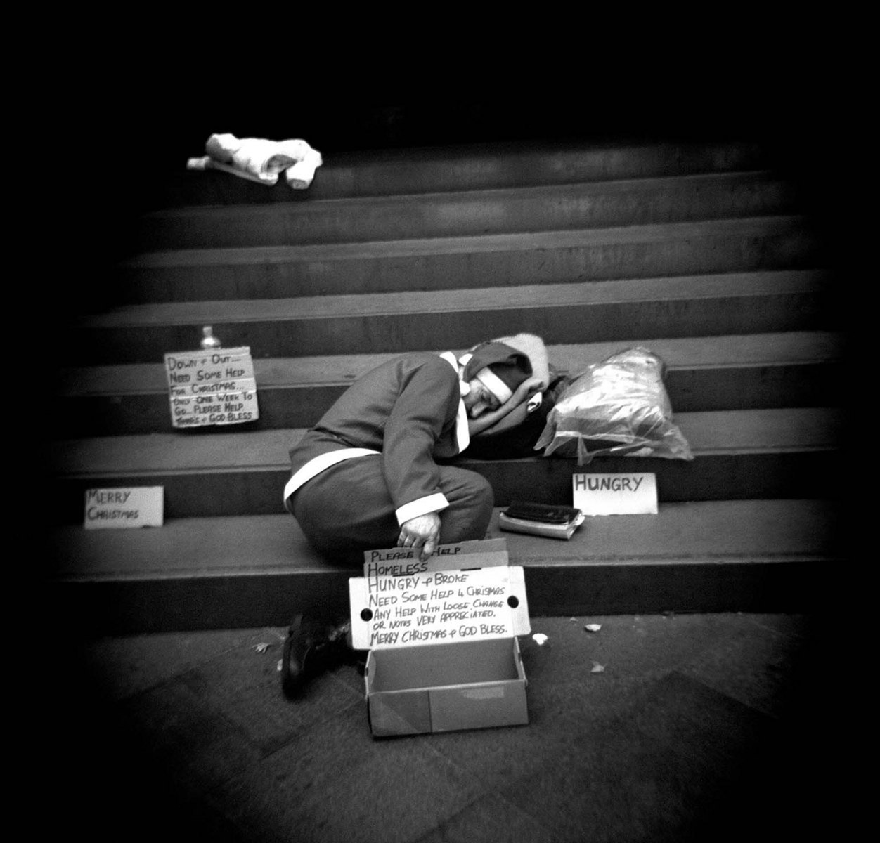 Real Life is like a theatre when you wander the same streets everyday. The scenes change in the blink of an eye as reality blends with my memories and dreams.