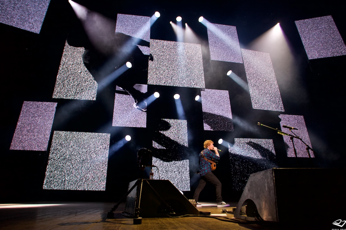 X Tour  The Mann Center (Sold Out)  Philadelphia, Pa May 26, 2015  DerekBrad.com