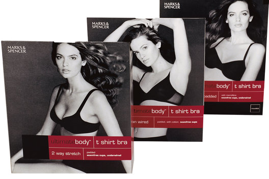 Lingerie packaging and art direction for a range of sports bras.