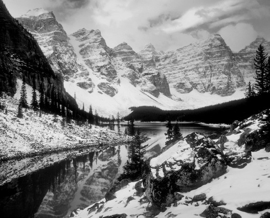 Moraine Lake - Banff, British Columbia
