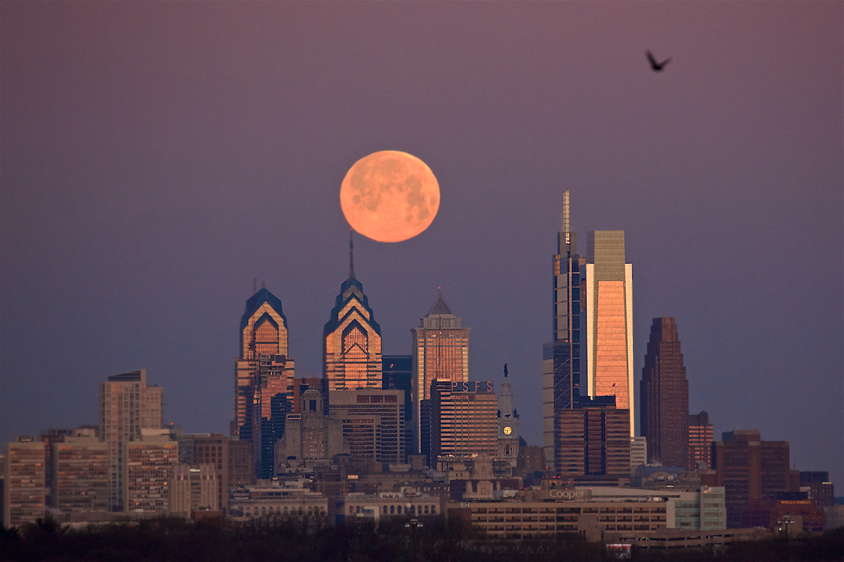 Philadelphia Skyline February 19, 2019  DerekBrad.com