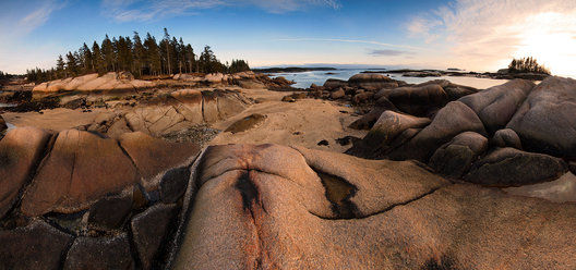 Looking back towards sand beach in Stonington, Maine.  Love the lumpy granite shapes and the way they make me feel.