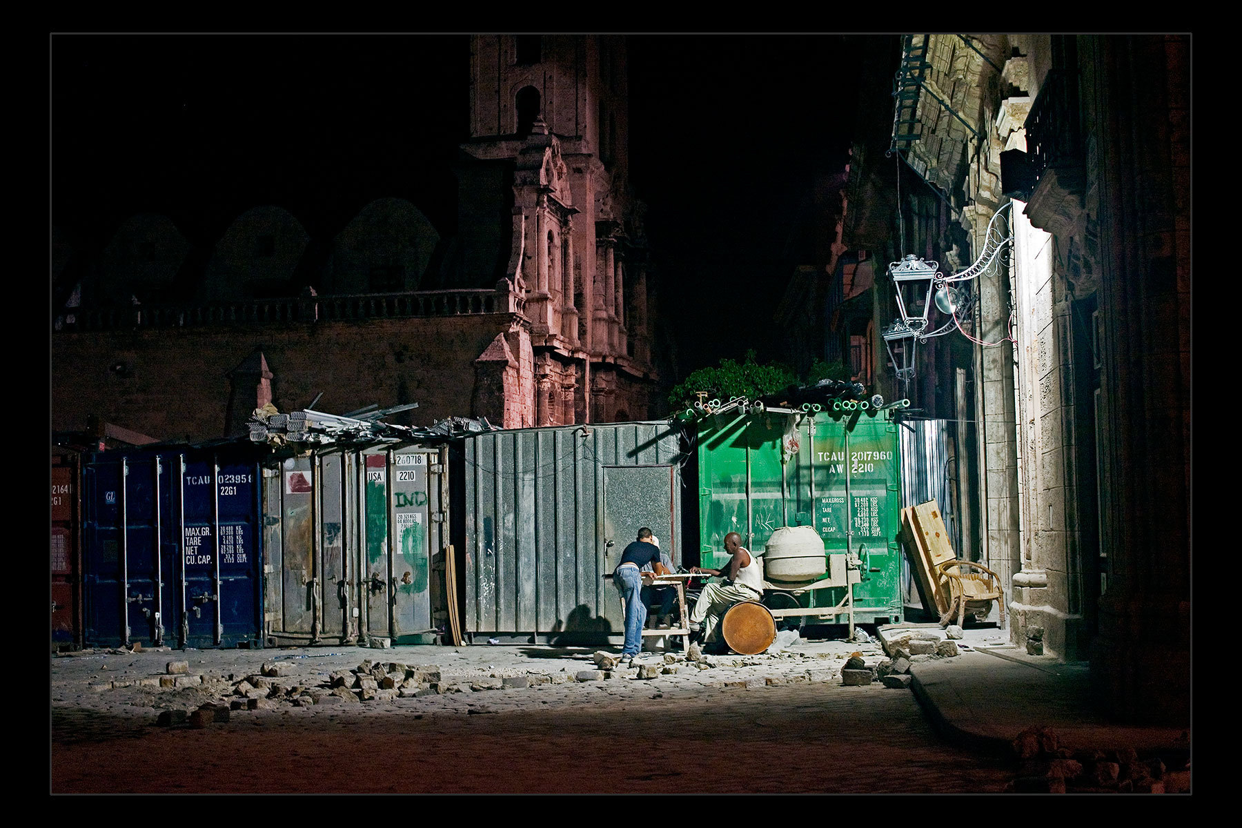 night dominoes, Havana
