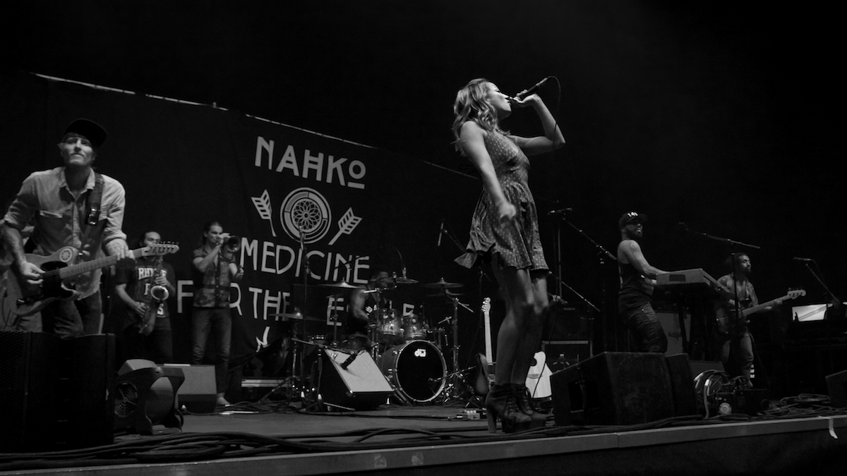 Nahko and Medicine for the People Festival Pier Philadelphia, Pa August 4, 2017  DerekBrad.com