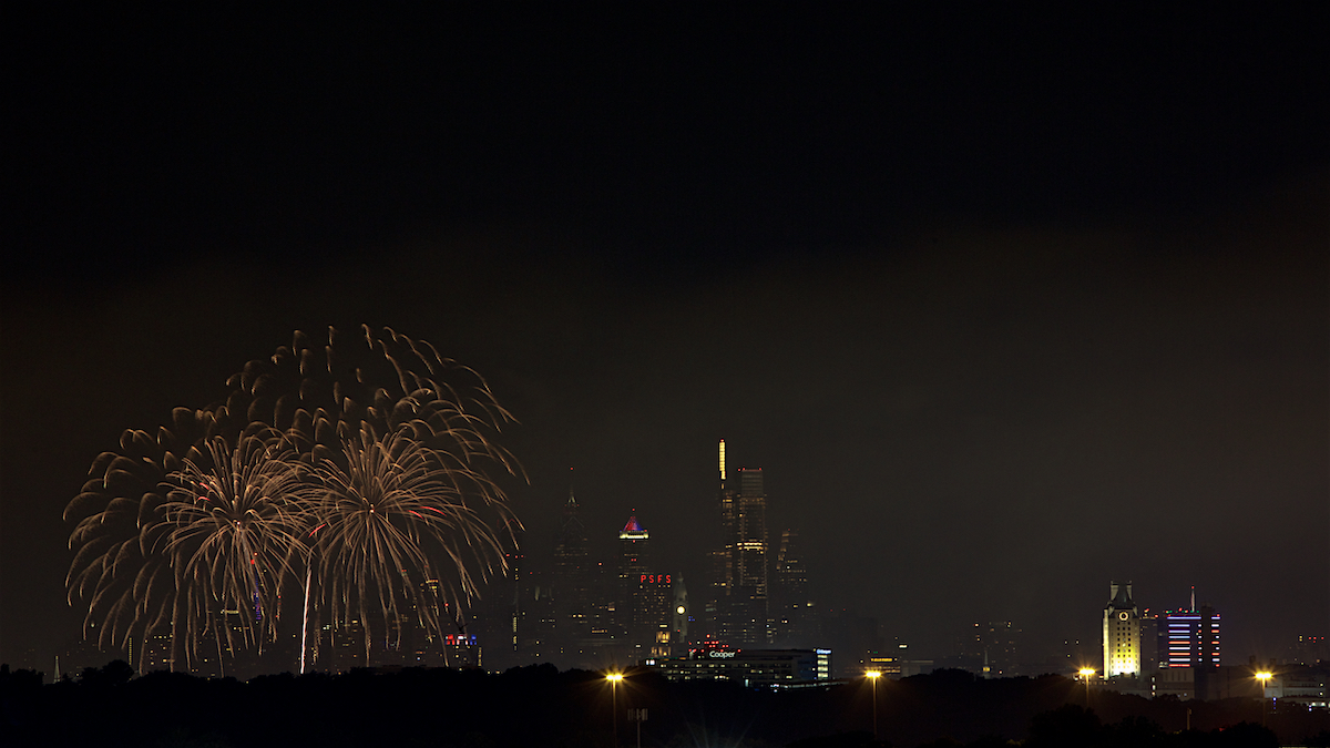 Fourth of July Philadelphia Skyline July 4, 2019  DerekBrad.com
