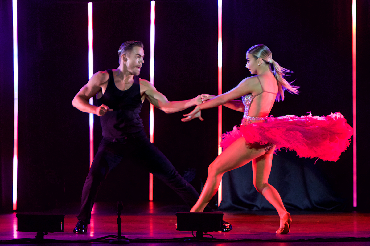 Derek Hough Live! The Tour The Met Philadelphia, Pa June 14, 2019  DerekBrad.com