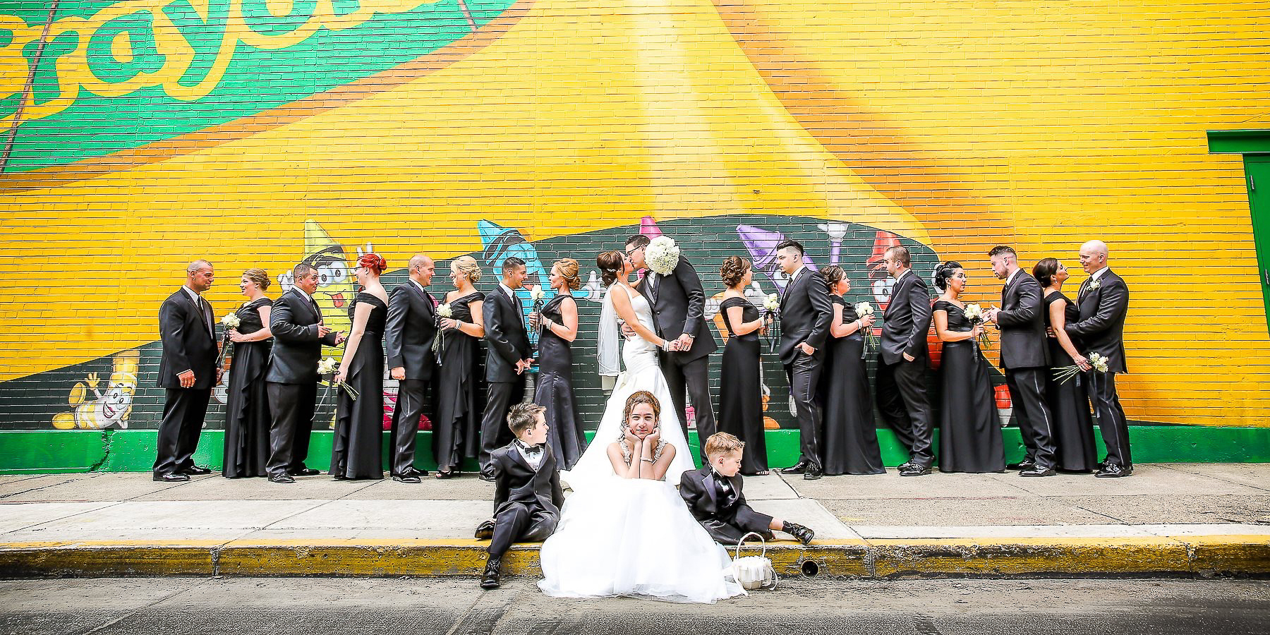 Follow mee! See more at www.srweddingstory.com