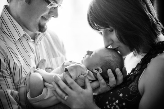 Edmonton Newborn Photography by Kelsy Nielson