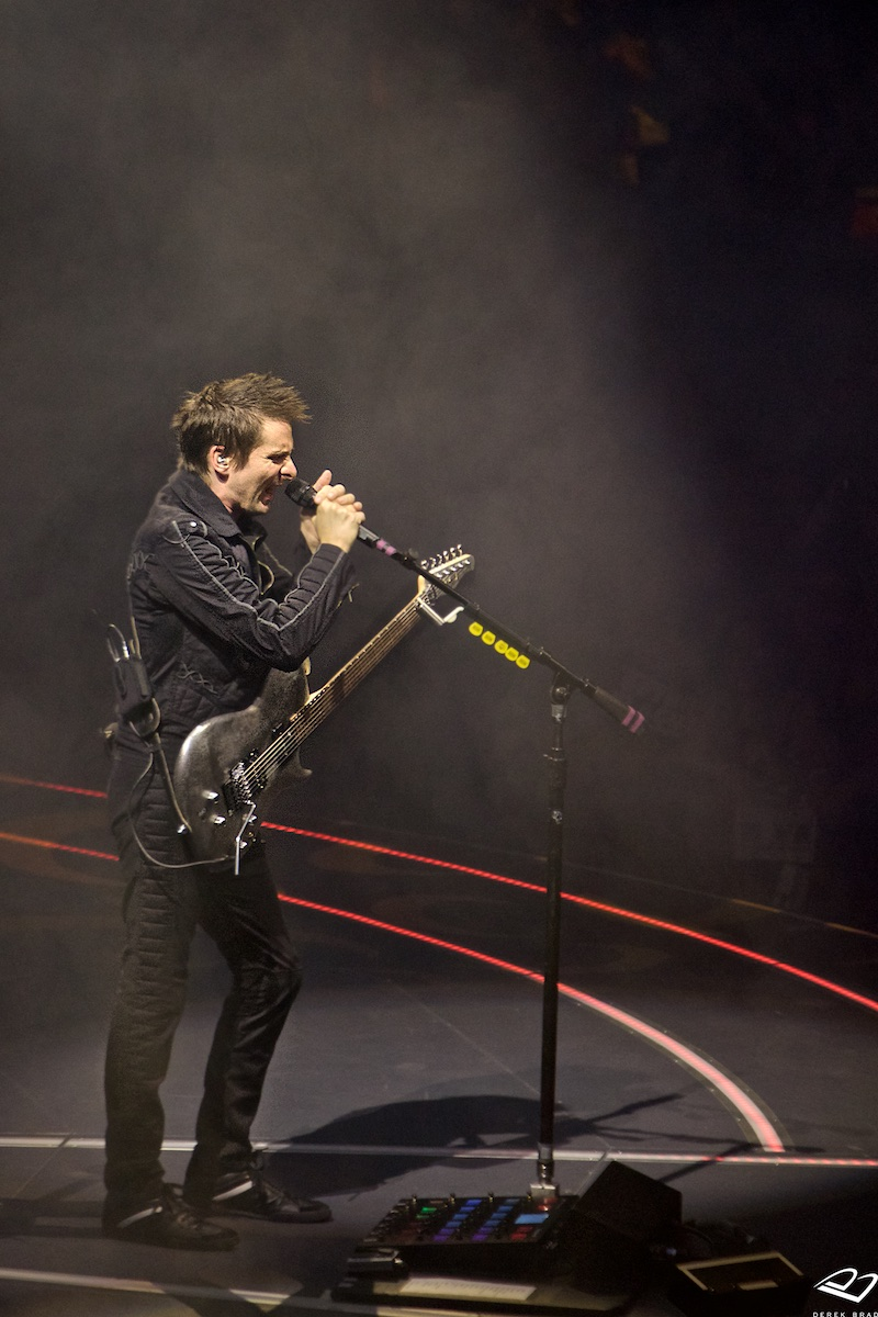 Drones World Tour Wells Fargo Center Philadelphia, Pa January 31, 2016  DerekBrad.com