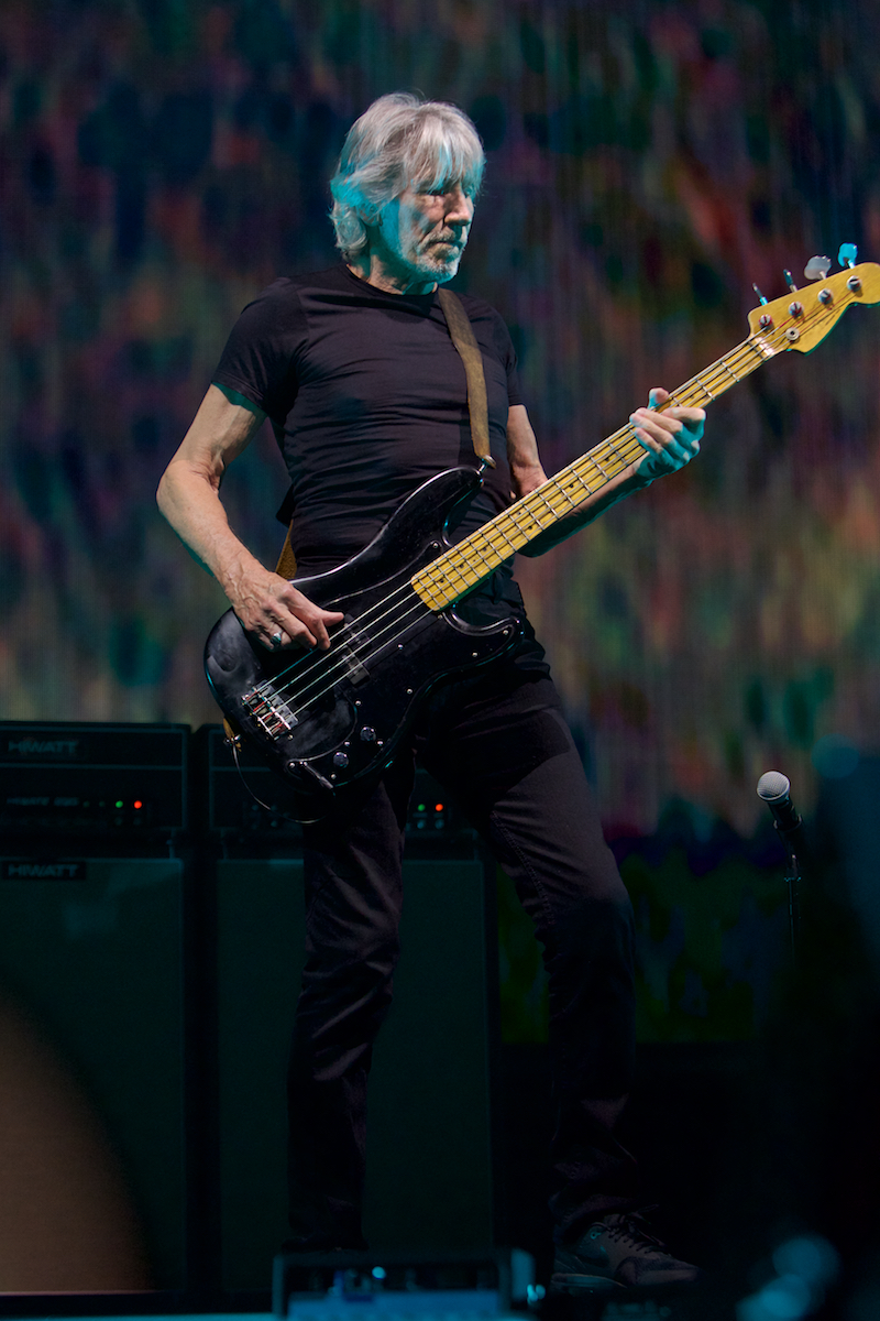 Roger Waters Us + Them Tour Wells Fargo Center August 9, 2017  DerekBrad.com
