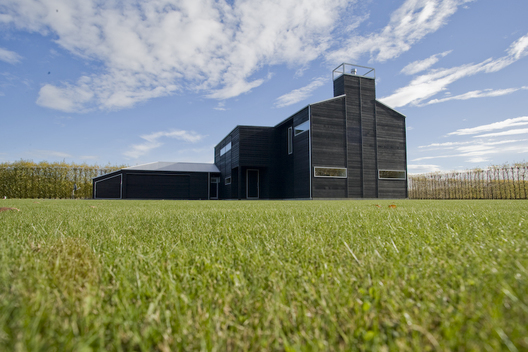 CANTERBURY PLAINS HOUSE