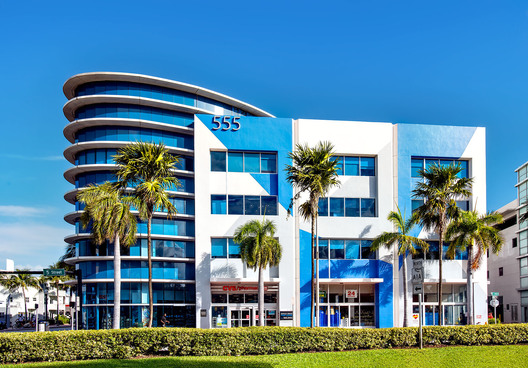 555 Washington Ave., Miami Beach, FL
