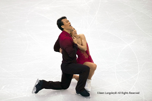 Xue Shen and Zhao Hongbo at the end of their free programme of the Pairs Figure Skating competition at the 2010 Vancouver Winter Olympic Games.