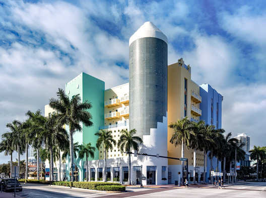 404 Washington Ave., Miami Beach, FL