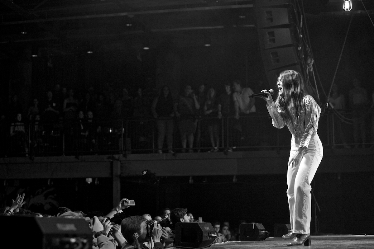 Maggie Rogers Heard It in a Past Life Tour The Fillmore (Sold Out) Philadelphia, Pa March 30, 2019  DerekBrad.com