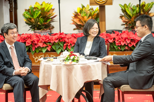 Republic Of China (Taiwan) President Tsai Ing-wen addresses and answers questions at a year end press briefing with the international press in Taiwan's Presidential Office, Taipei, Taiwan, Saturday, December 31, 2016.  President Tsai spoke of maintaining peace with China and of Taiwan's wish for calm and rational discussion with China.  Pictured are President Tsai Ing-wen (center), Vice President Chen Chien-jen (left) and the spokesperson (right).