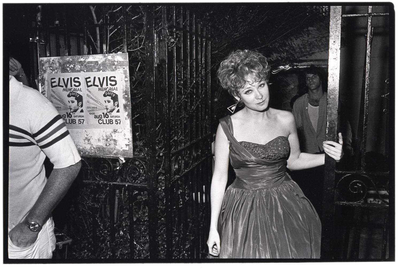 Ann Magnuson Nude Photos 97