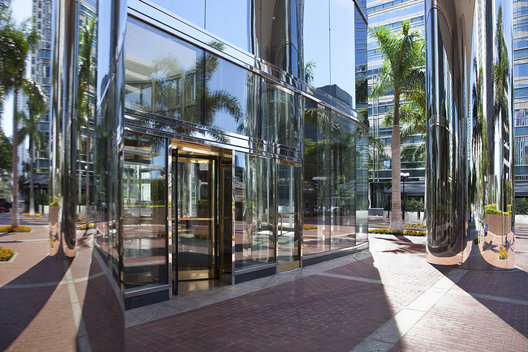 Reflective Columns at the entrance of 701 Brickel Ave, Miami