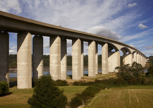 Wherstead Orwell Bridge            &nbspYale University Press