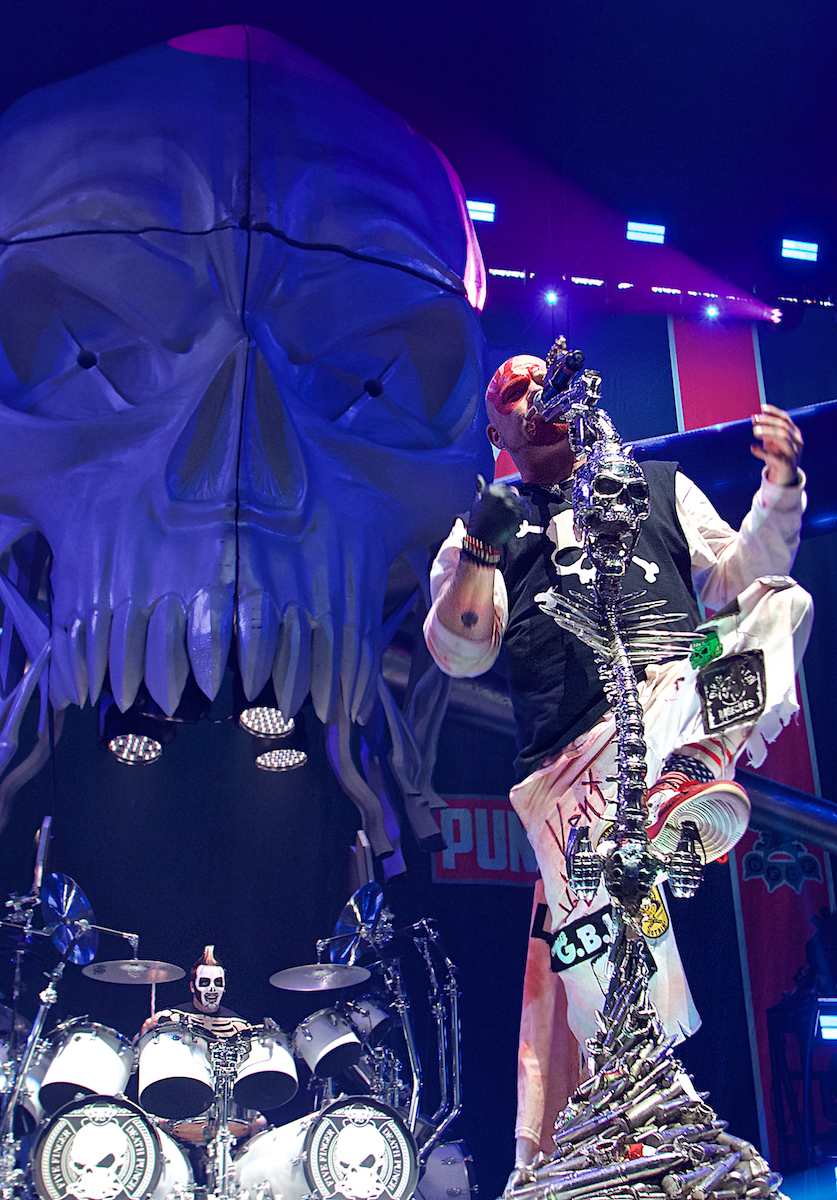 Five Finger Death Punch BB&T Pavilion  Camden, NJ August 15, 2018  DerekBrad.com