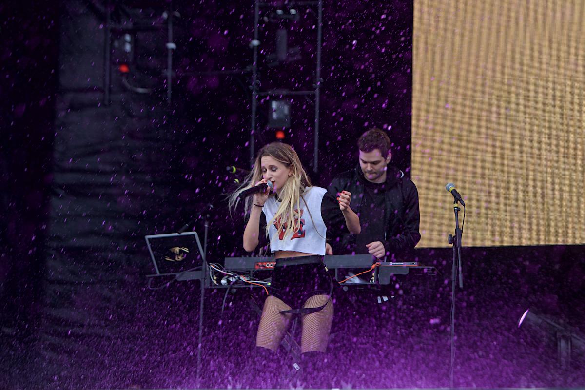 Marian Hill Made In America Rocky Stage Benjamin Franklin Boulevard Philadelphia, Pa September 2, 2017  DerekBrad.com