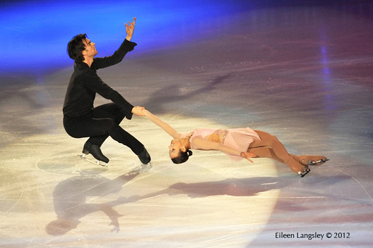 Meagan Duhamel and Eric Radford (Canada) performing in the Exhibition Gala at the 2012 ISU Grand Prix Trophy Eric Bompard at the Palais Omnisports Bercy