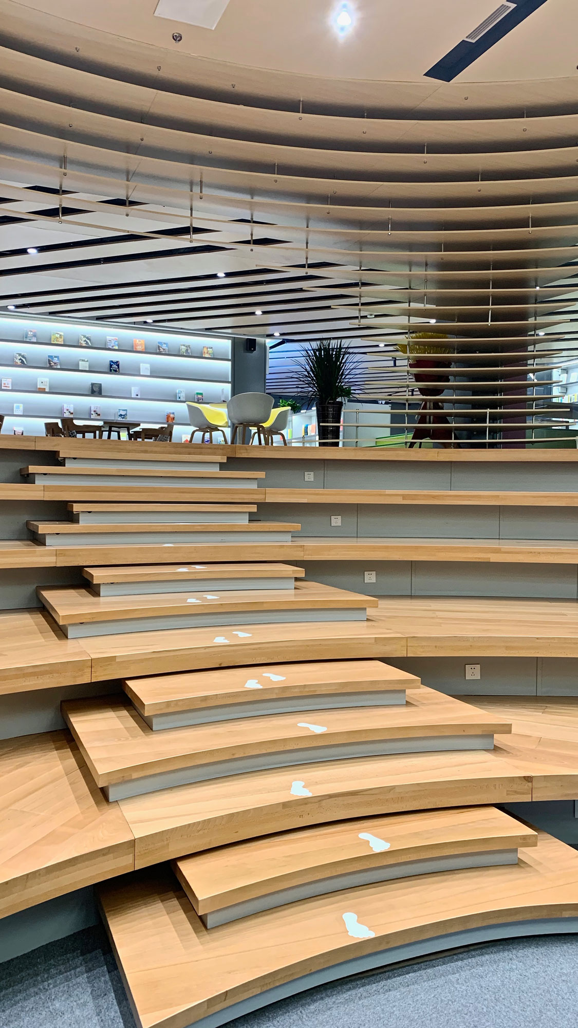 shandong-weifang-wansheng-national-library-interior-by-andlab02