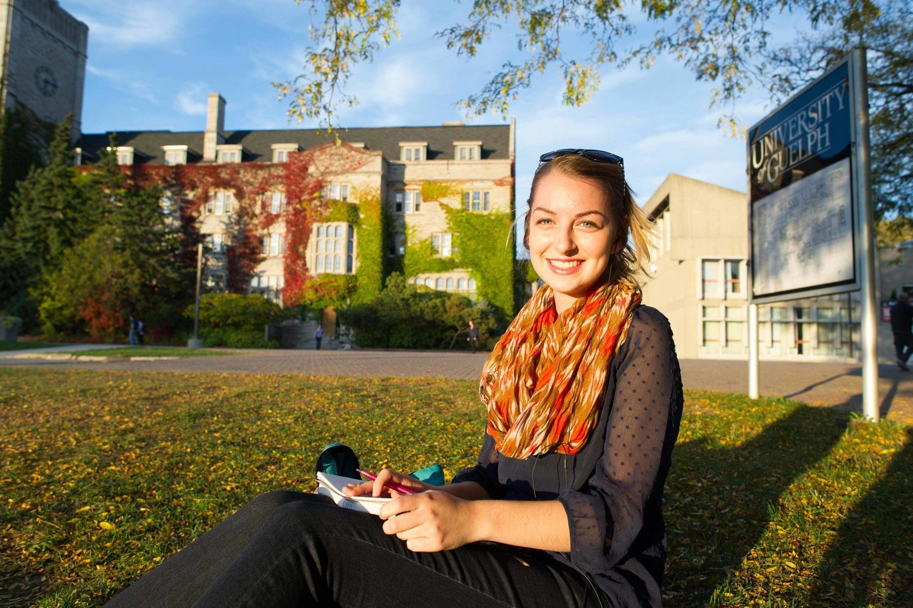MACLEANS-GUELPH-10.12.13-GUELPH, ON: First year micro-biology student Virginia Turon studies on Johnston green at the University of Guelph, ON.